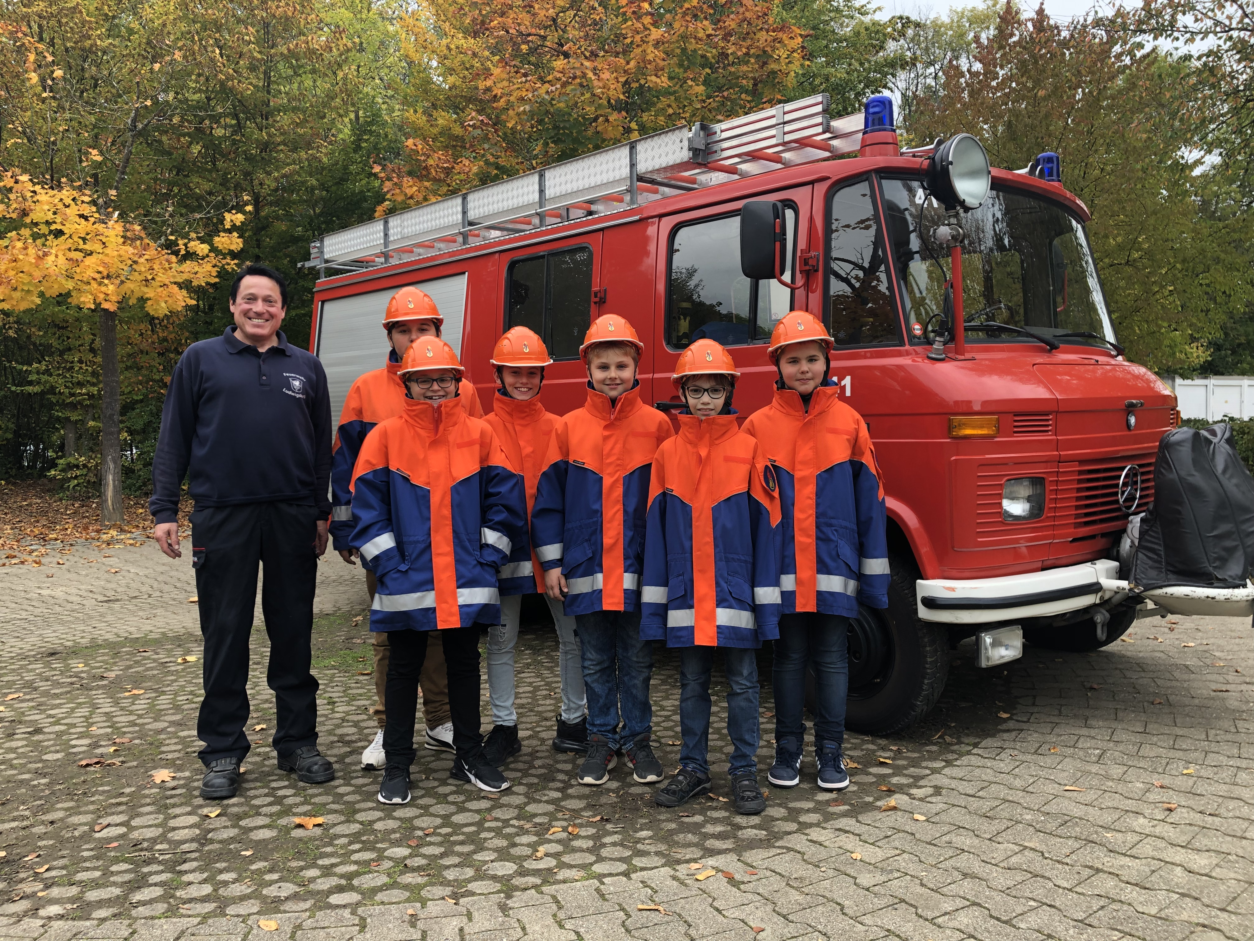 """Geleitet von Markus Reinhardt (links) von der Schwieberdinger Feuerwehr ist unser sehr beliebtes GTS-Angebot """"Feuerwehr""""."""
